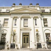 イギリス、ジョージ王朝時代の歴史ある建物