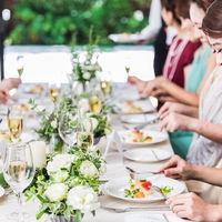 【料理】美味しい料理にゲスト同士の会話も自然と弾みます。