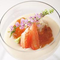 季節の食材を使ったムースの前菜
