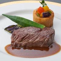 80年以上もの伝統を大切に受け継いできた学士会館のフランス料理