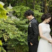 披露宴会場に面した日本庭園では四季折々の美しさが楽しめる
