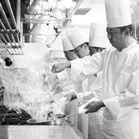お料理の美味しさは当然のこと。温度やベストなやわらかさといった細部にまで気持ちを込めております