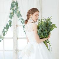 【Viuex Paris】日本初上陸ブランドやオリジナルブランドまで、ファッショニスタを魅了するドレスを取り揃えております。