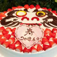 達磨ケーキはインパクト大