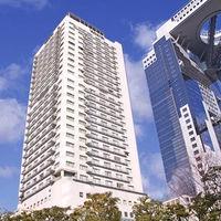 JR大阪駅から徒歩7分。グランフロント大阪からすぐ、スカイビル隣接の緑潤う館。