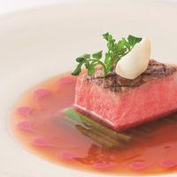 国産牛のレアグリル 赤ワインソース