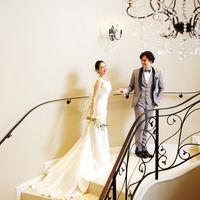 ドレスを美しく見せる螺旋階段