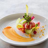 フレンチジャポネで味はもちろんのこと、色合いは本来の素材を生かしたお料理にこだわってみませんか?