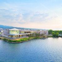 宍道湖を望むウエディングステージ「グランアクイール」