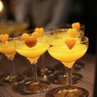 ウエルカムパーティ オレンジの皮でひと手間加えるとゲストの皆様も大喜び♪おもてなしのドリンク