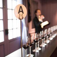 ご披露宴の演出として人気の、ワイン飲み比べテイスティングゲーム!!