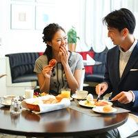 結婚式のあとも続くしあわせの余韻。 会話を楽しみながらホテル自慢の朝食をご堪能ください。