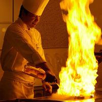 料理は常にできたて。会場ごとにキッチンがあり、専属シェフが心を込めてお作りいたします。