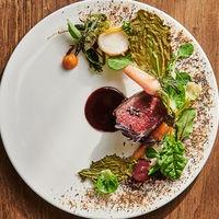 食材の香りと彩りによって幸福に満たされる美食は、ゲストへの格別のおもてなしに