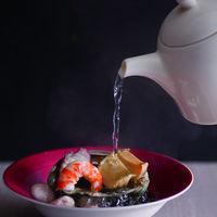 お出汁の味がしみ込んでいる絶品料理