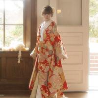 専属のコーディネーターが新郎新婦様にぴったりな衣装をご提案させて頂きます♪