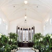 天井高12m自然光降り注ぐ明るい大聖堂