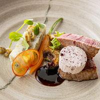 【ETOILE】国産牛フィレ肉 赤ワインシャロットバターソース  アーティチョークと海苔リゾットケーキ