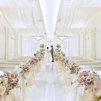白基調の花嫁憧れチャペル
