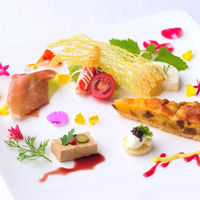 ゲストへのおもてなしに美食はマスト。 〔和洋折衷¥18,000コース〕
