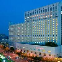 歴史と文化の発祥の地 大阪の高台 上本町台地にそびえるホテル