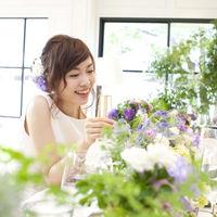 色鮮やかなお花たちが2人の幸せを華やかに♪