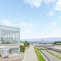 「長岡ICから1分」長岡を見渡す特別感。丘の上のステージ
