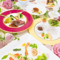 湘南野菜をふんだんに使ったフレンチは、すべて箸でお召し上がりいただけて、老若男女問わず人気が高い