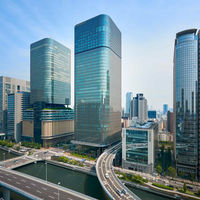 地下鉄「肥後橋駅」「渡辺橋駅」直結。大阪の中心地「梅田」からも徒歩圏内。