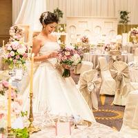 華やかながらもカジュアル、アットホーム感が人気のパーティースタイル「ハーティー・パーティー」。この会場のためだけに作られた調度品がガーリー&ヨーロピアンな雰囲気を演出し、花嫁に大人気♪