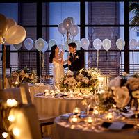 キャッスルガーデン大人気のトワイライトウエディング。キャンドルの光がロマンチックな雰囲気を作り出し幻想的な雰囲気になります。