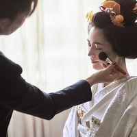 一生に一度の花嫁衣裳には、プロフェッショナルのスタッフが対応いたします。