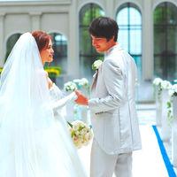 """イメージ写真  挙式会場""""中庭 パティオ""""での写真"""