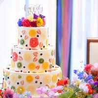 オーダーウエディングケーキで可愛らしく♪