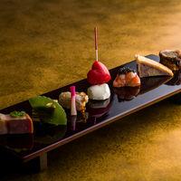 京の趣と洋の洗練を融合させた料理だからこそ、年代を問わずすべてのゲストに楽しんでもらえる