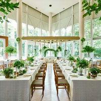 緑に囲まれた「My home Wedding」2名~30名 郊外にある隠れ家レストランのような、心落ち着く空間。