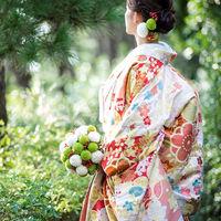 和のコーディネートも大人気です。広大なガーデンの雰囲気と和装コーディネートもばっちり!