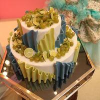 パティシエの作るウェディングケーキは、どれもハイクオリティ♪