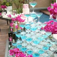 お庭を使ってのデザートビュッフェが大人気です!「シャンパンタワー」など、ちょっと変わった演出もオススメです♪