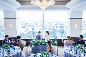 ホテル最上階のスカイバンケット「シエロ」