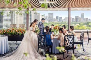 芙蓉~皇居の緑をのぞむレストランを貸切できて大人気