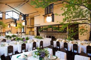 大正時代に食事で使われていた『食堂』が披露宴会場に