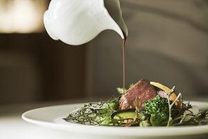 ミシュランが認めた正統派フランス料理