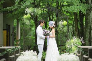 軽井沢の森に佇む独立型チャペル&ガーデン挙式