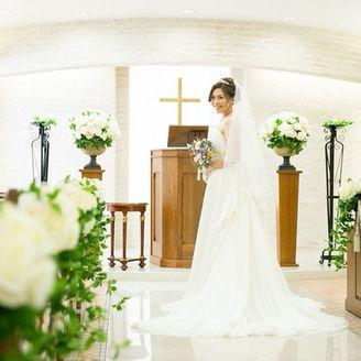 花嫁をより美しく見せる「ナチュラル」なチャペル