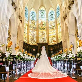 一目惚れする花嫁も多い美しいチャペル