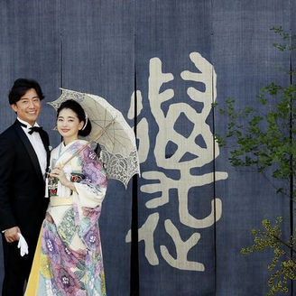大正ロマン漂うレトロな佇まいは、和装も洋装も映える唯一無二の空間。