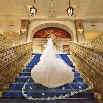 ホテルのシンボル「大階段」