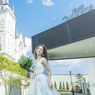 独立型の大聖堂なので 大聖堂をバックにした写真も 壮大なスケールで撮影可能