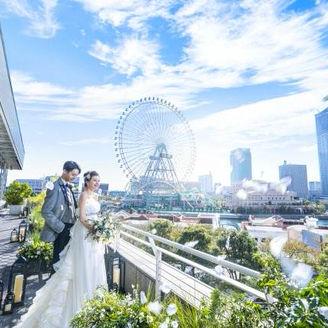みなとみらい駅直結でアクセス至便ながら、横浜の海の風を感じるリゾート感。横浜ベイホテル東急ならでは。